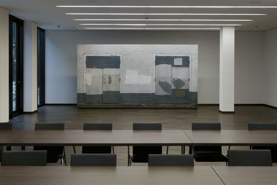 Transformatoren-Haus-Wand_Moskau-2010_OFD-Frankfurt-2014_Installation_frontal