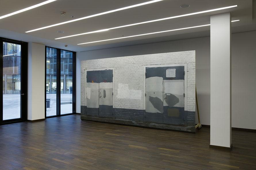 Transformatoren-Haus-Wand_Moskau-2010_OFD-Frankfurt-2014_Installation_seitlich