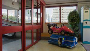 2013_Spielzeug-Auto_Mall-Offenbach_Still-01_891x501