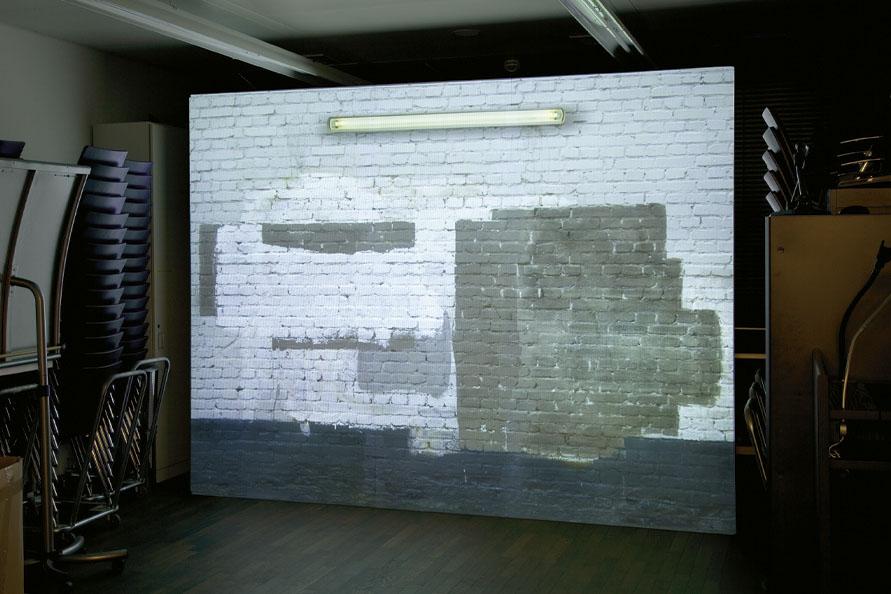 Wand-NeonLicht_Installation_V-3_OFD-Frankfurt_Video-3-Still-01