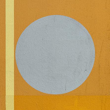 MartinaWolf_2018_OF-WALL_CircularShapes_orange-yellow-grey_1